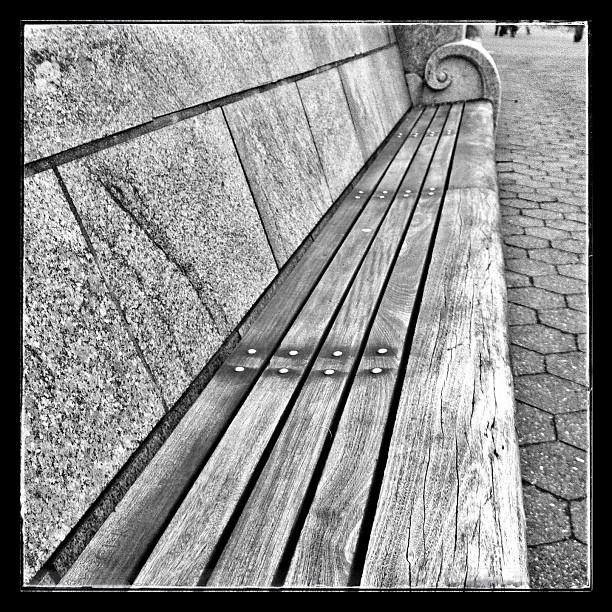 Bench in Battery Park, NYC